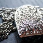銀の街・タスコの職人が作る、繊細な銀細工