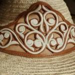 細密模様にうっとり…!メキシコで最も美しい革刺繍「ピタード」とは