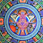 目がおかしくなる?!ウイチョール族の毛糸アートNiérikaの世界