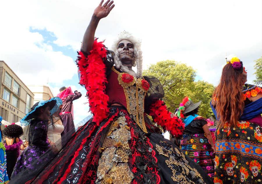死者の日パレード6|メキシコ情...