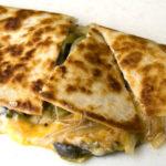 ケッサディーヤはタコスに並ぶ、チーズ好きのためのファストフード!